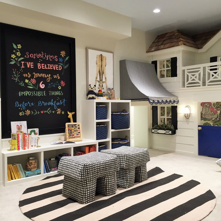 Play Room Accent Wall Design for Kid