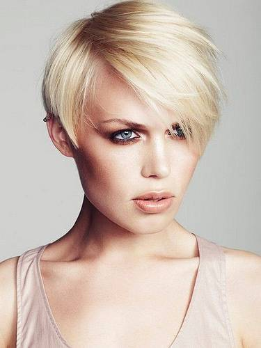 Long Bob HairStyles Design For Women In Trend