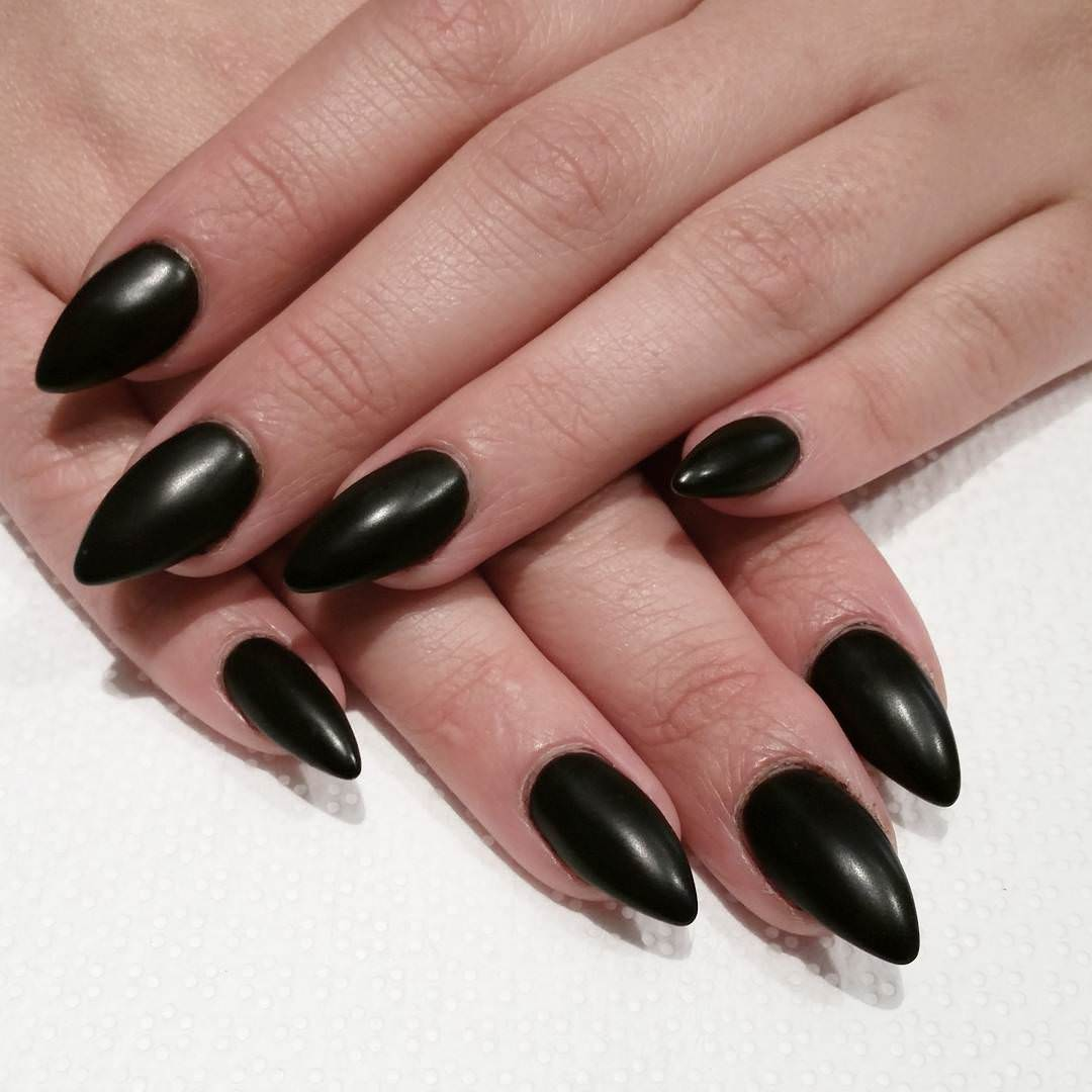 Full Black Acrylic Naail Designs