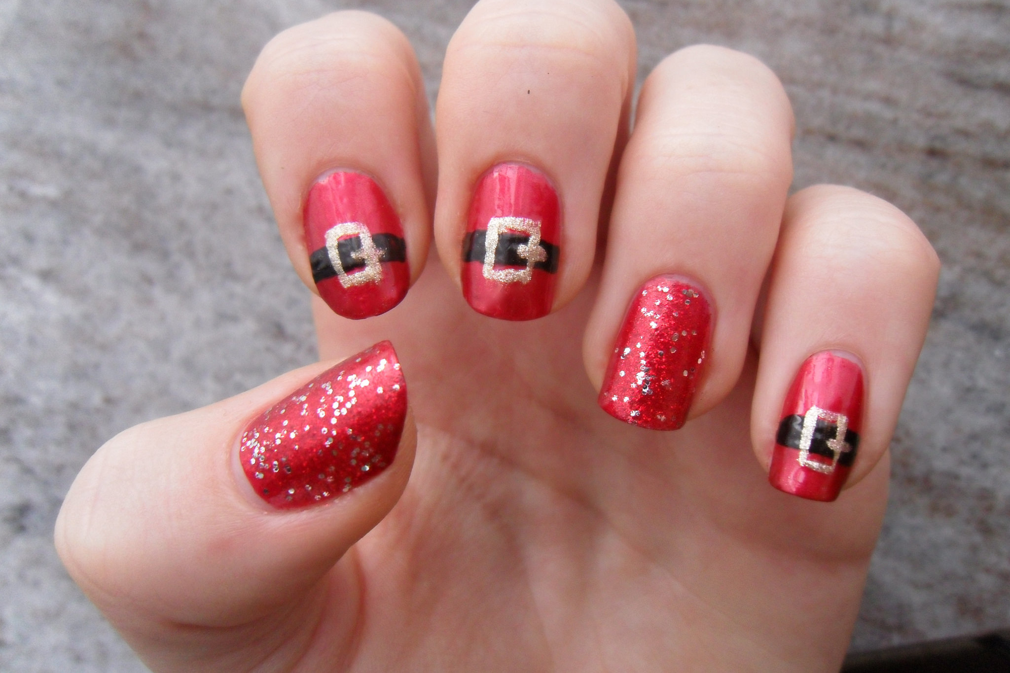 Red and Gold Toe Nail Designs