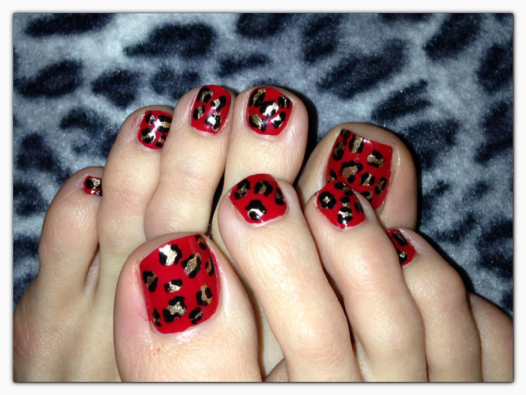 Red and Gold Toe Nails