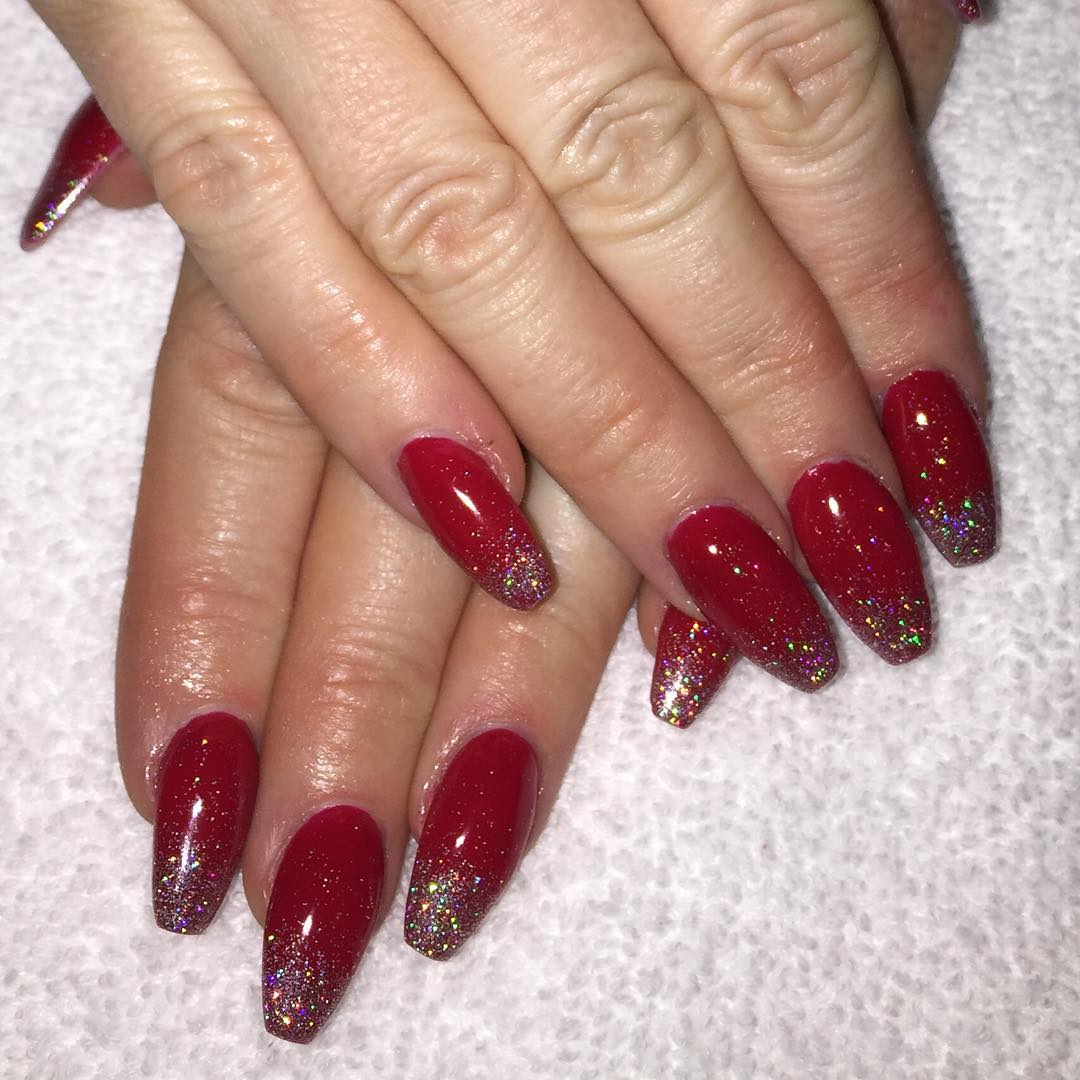 Red and Silver Glitter Nail Designs