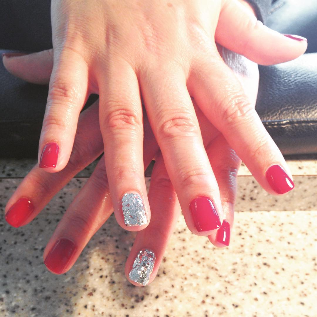 Red and Silver Glitter Nails Design