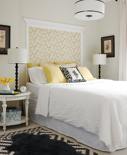 white bed room paint design