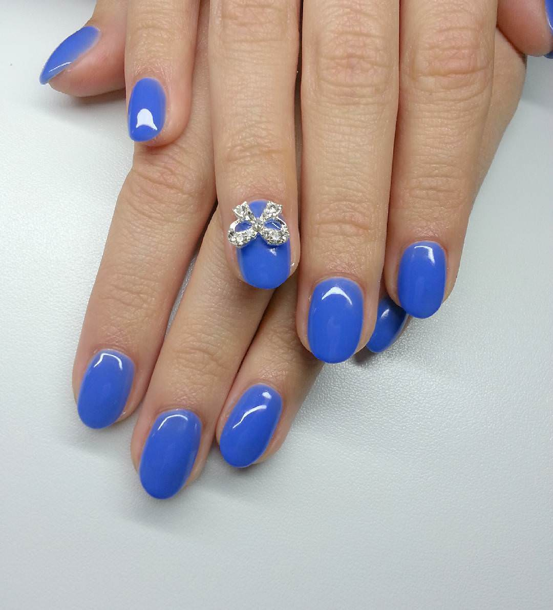 Blue Bow Nail Design