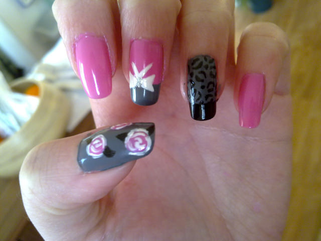 Left Bow Nail Design