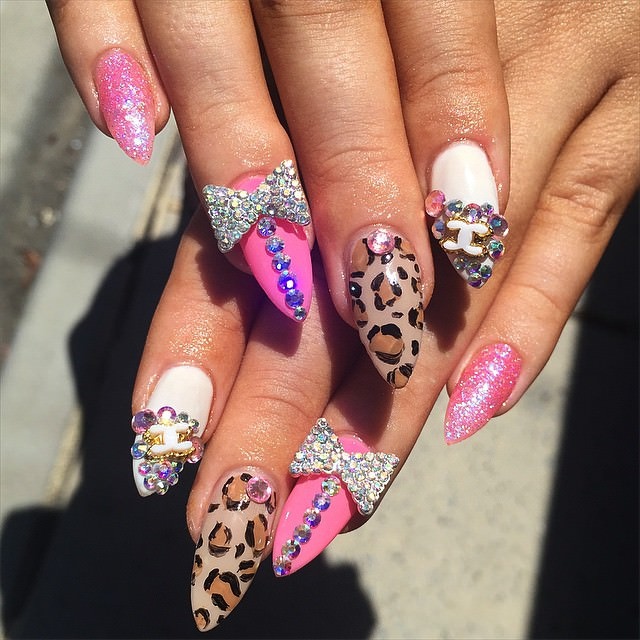 Mixed Bow Nail Design