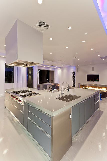 Sleek Modern Kitchen Design