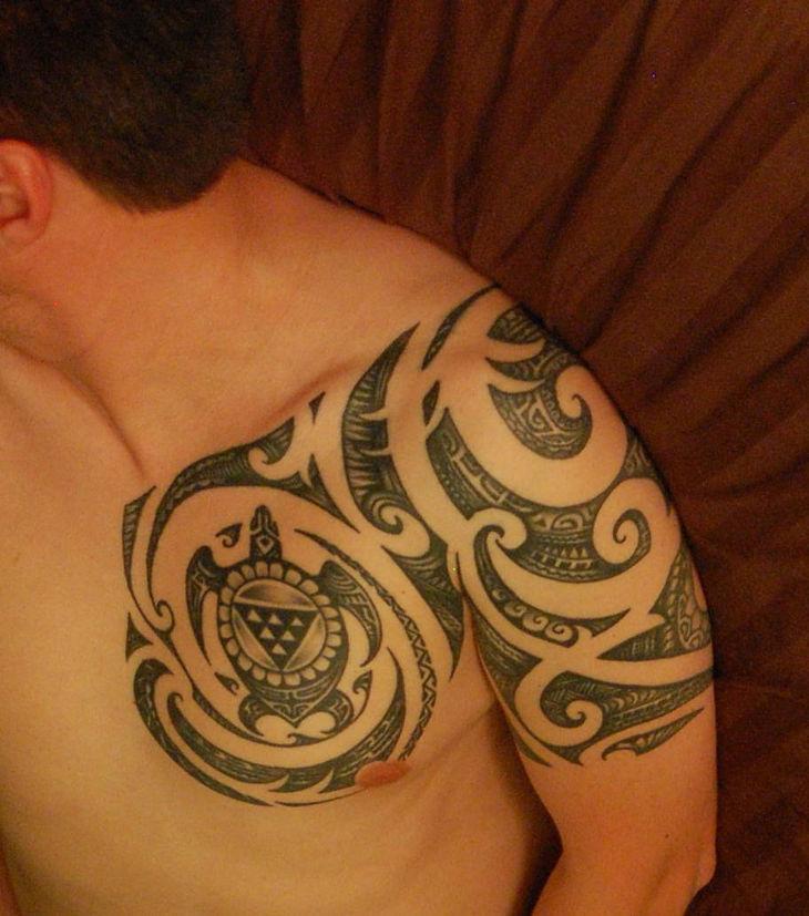Cool Polynesian Short Sleeve Tattoo