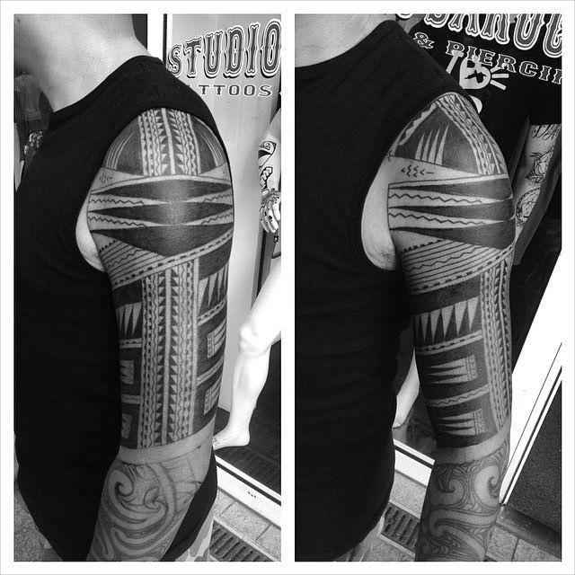 Polynesian Lined Tattoo Design