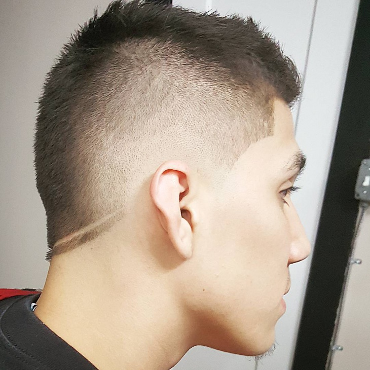 low fauxhawk fade haircut