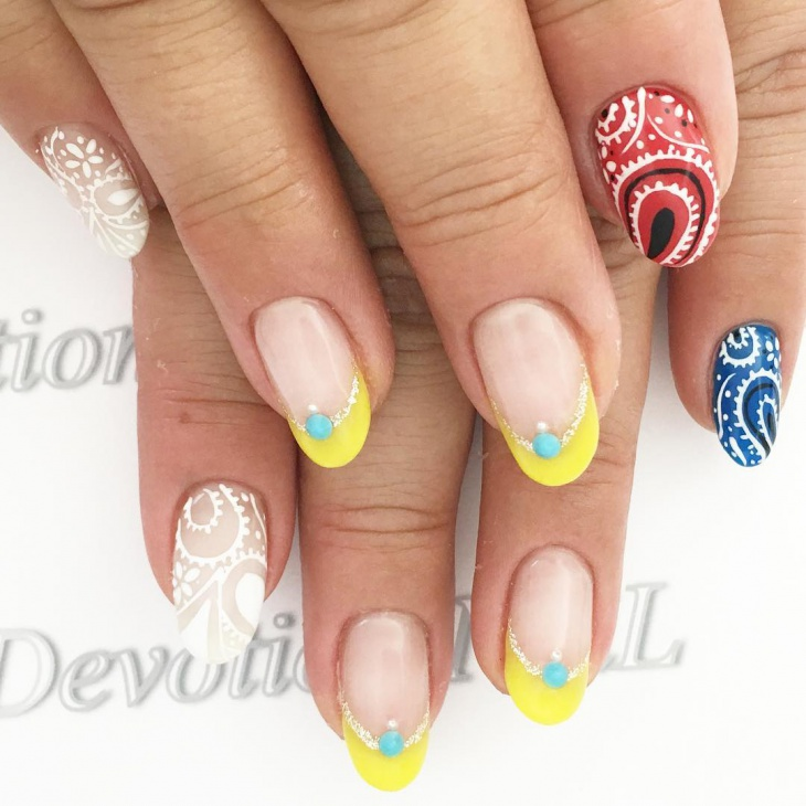 Swirl Nail Art Design