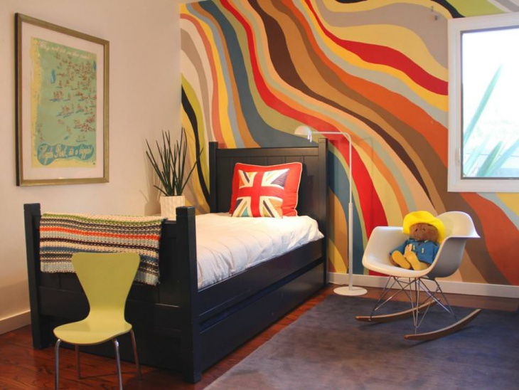 Colorful Wave Wall Paint Idea