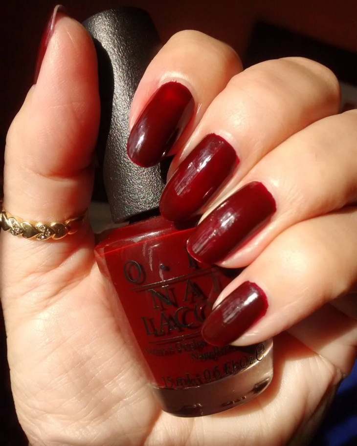 deep red fall nails