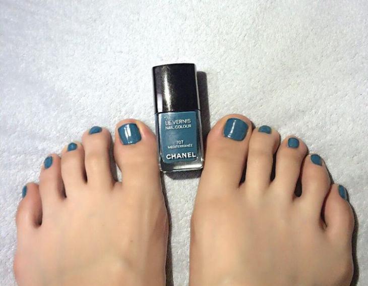 Chanel Toe Nail