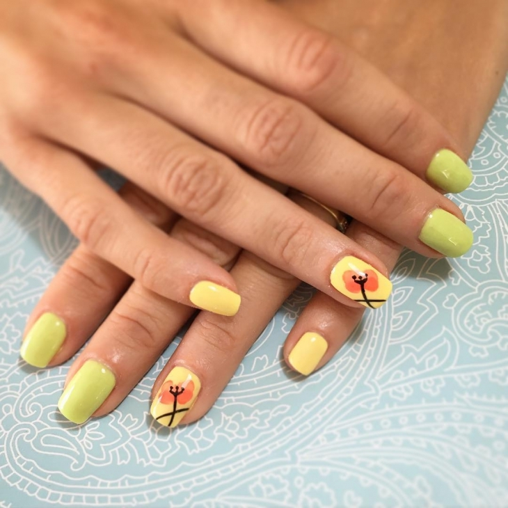 yellow fall nail art