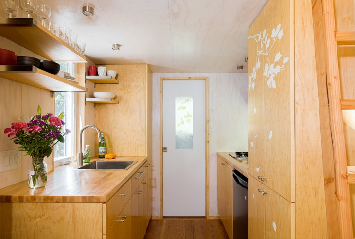 Wooden Tiny Kitchen Design