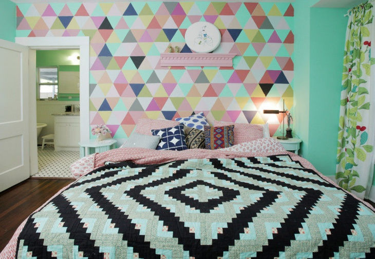 Colorful Bedroom Wall Design