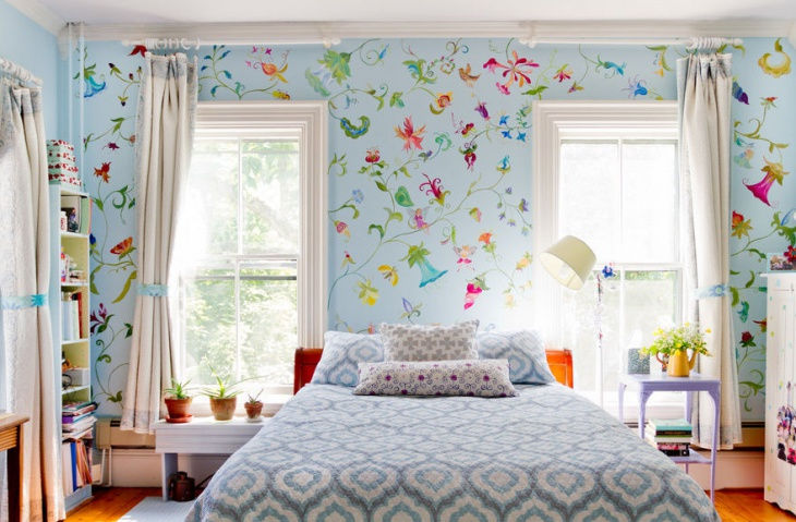 Retro Floral Wall Design Idea