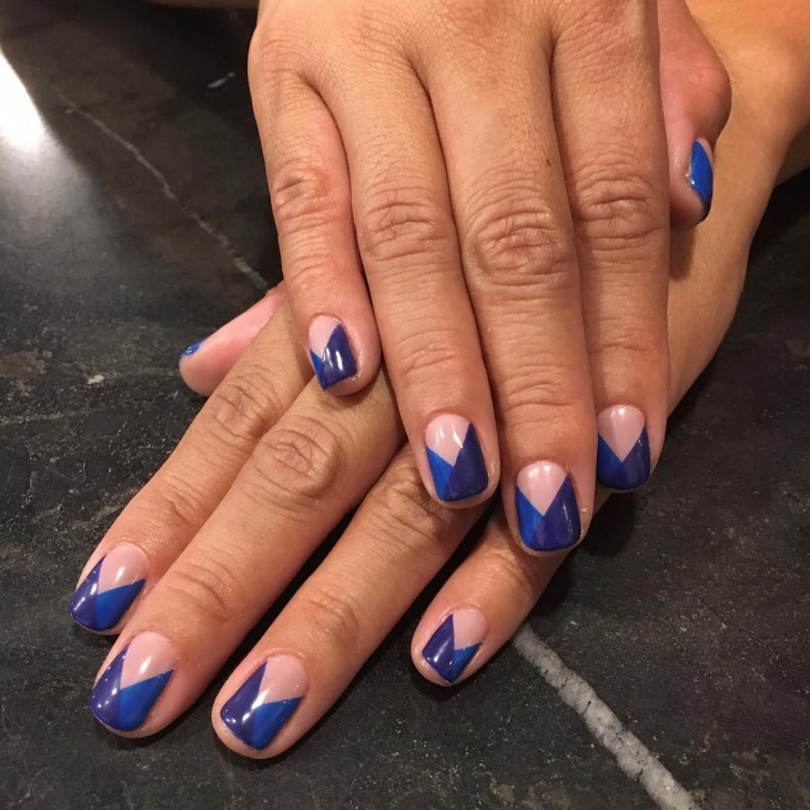 simple royal blue nail design1