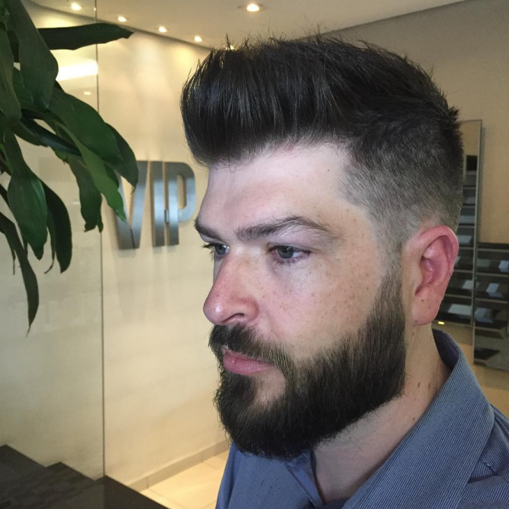 men quiff hairstyle with beard