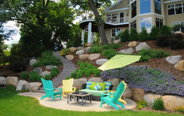 sloped backyard landscaping idea