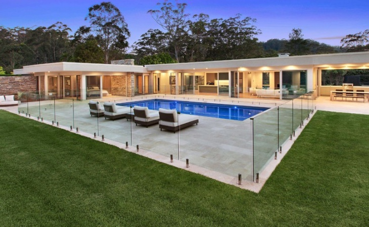 Modern Swimming Pool with Glass Wall Design