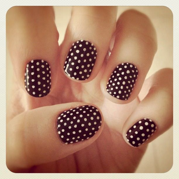 dots black and white nail art designs