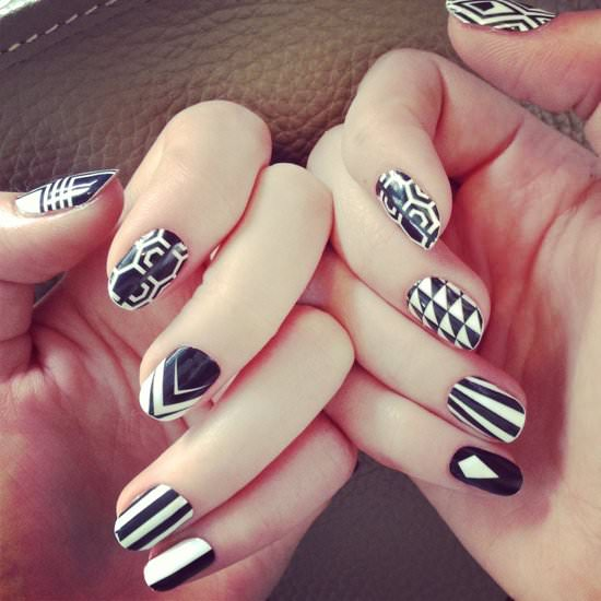 black and white nail art 1