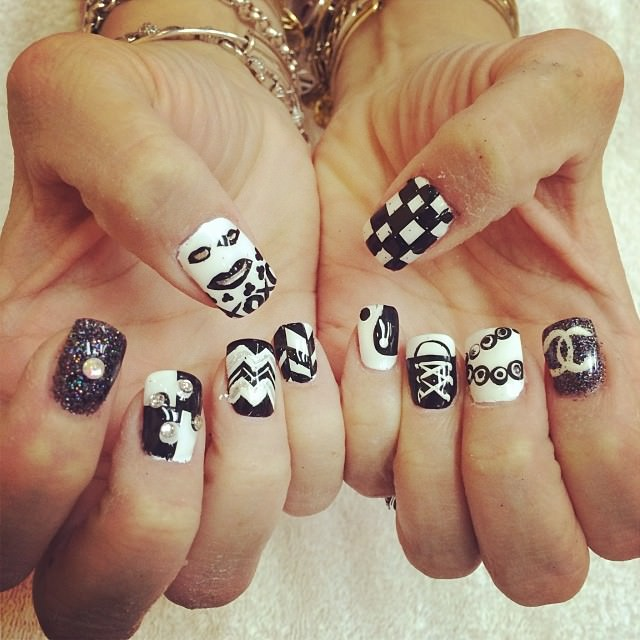 fashion and trendy nail art designs