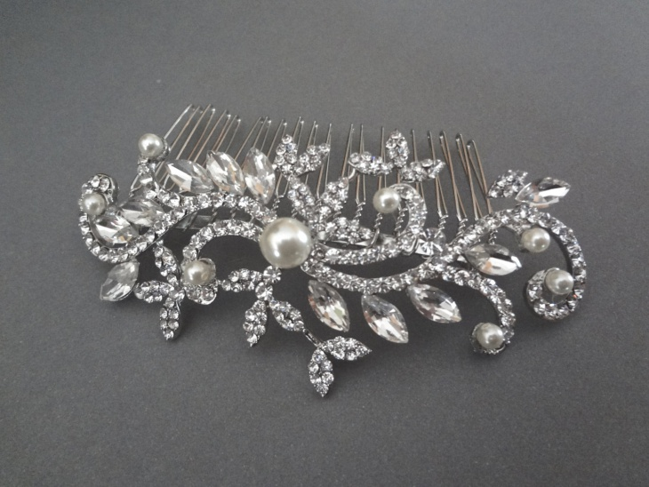 awesome wedding hair jewelry design