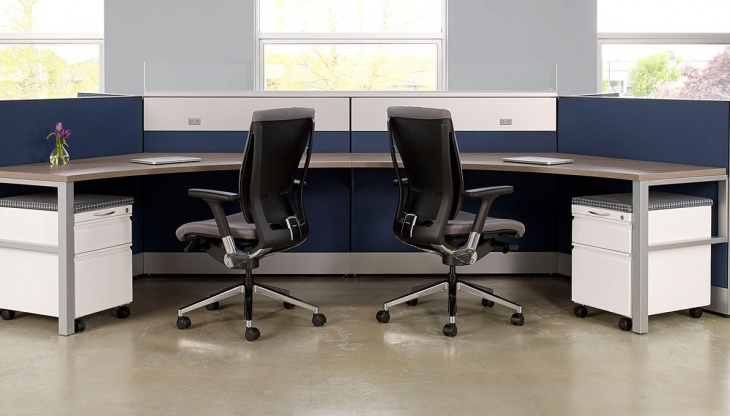 Curved Shape Office Table Design