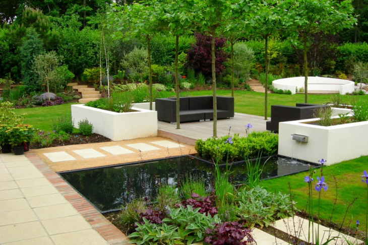 Contemporary Garden Landscape with Wicker Furniture