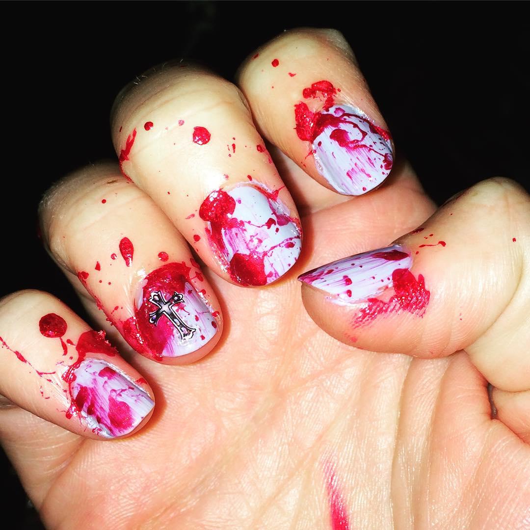 Halloween scary nailart