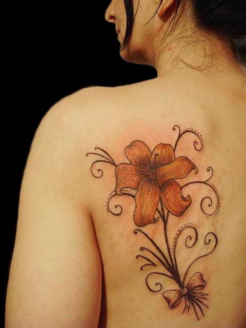 custom tattoo flower tattoo design