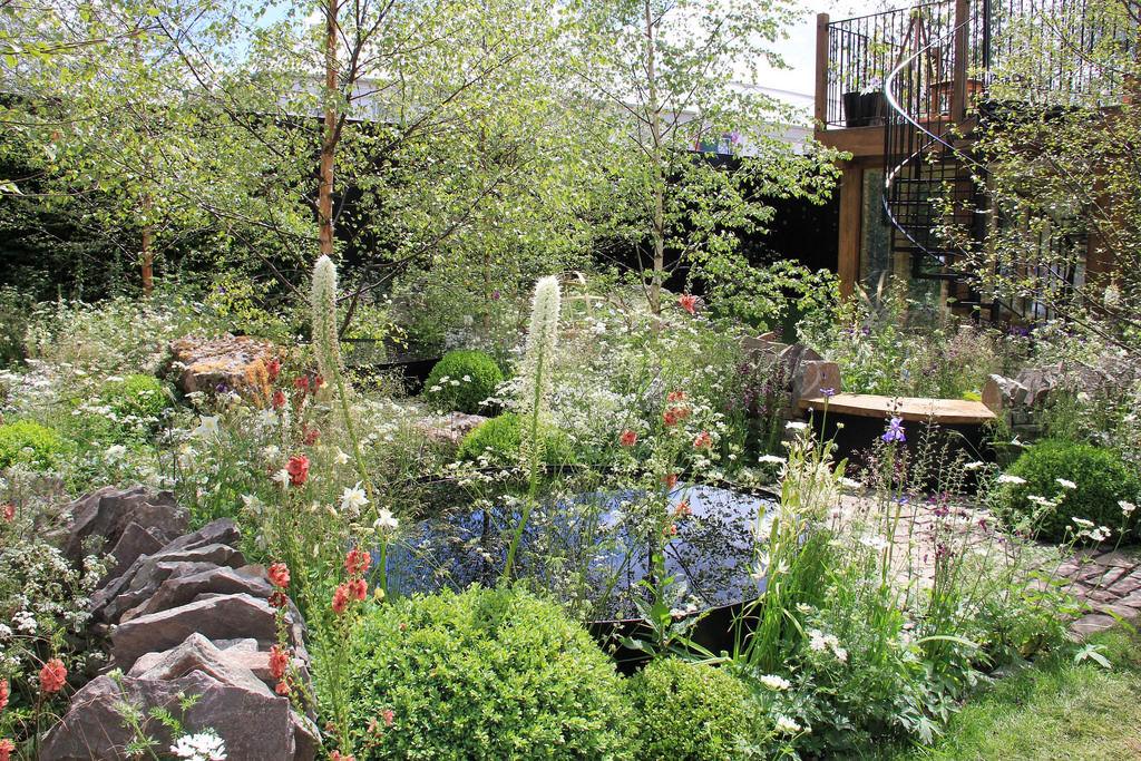 19 shade garden designs decorating ideas design trends for Part shade garden designs