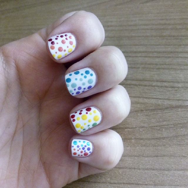 polka dot nail design
