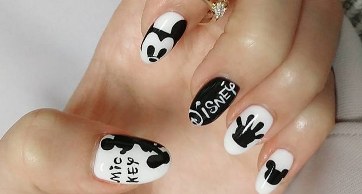 latest disney nail design1