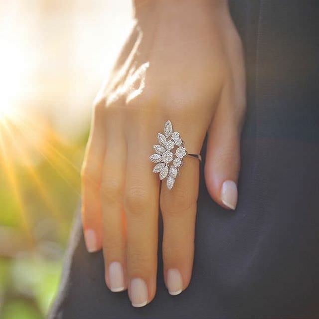 Floral Diamond Ring Design