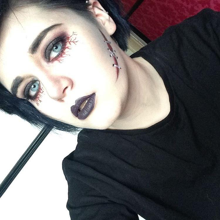 Halloween makeup trend 1