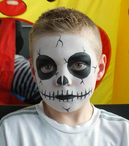 Halloween makeup for kids