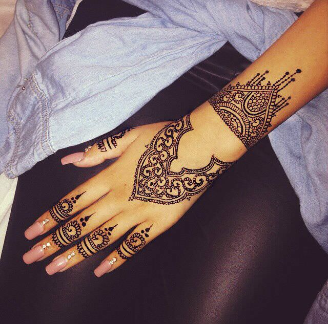 Hand Tattoo Mehandi Designs