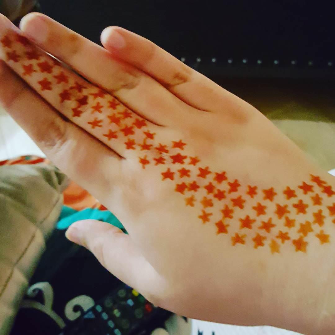 stars mehandi designs