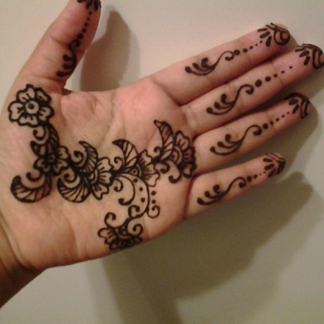 florar henna mehandi designs
