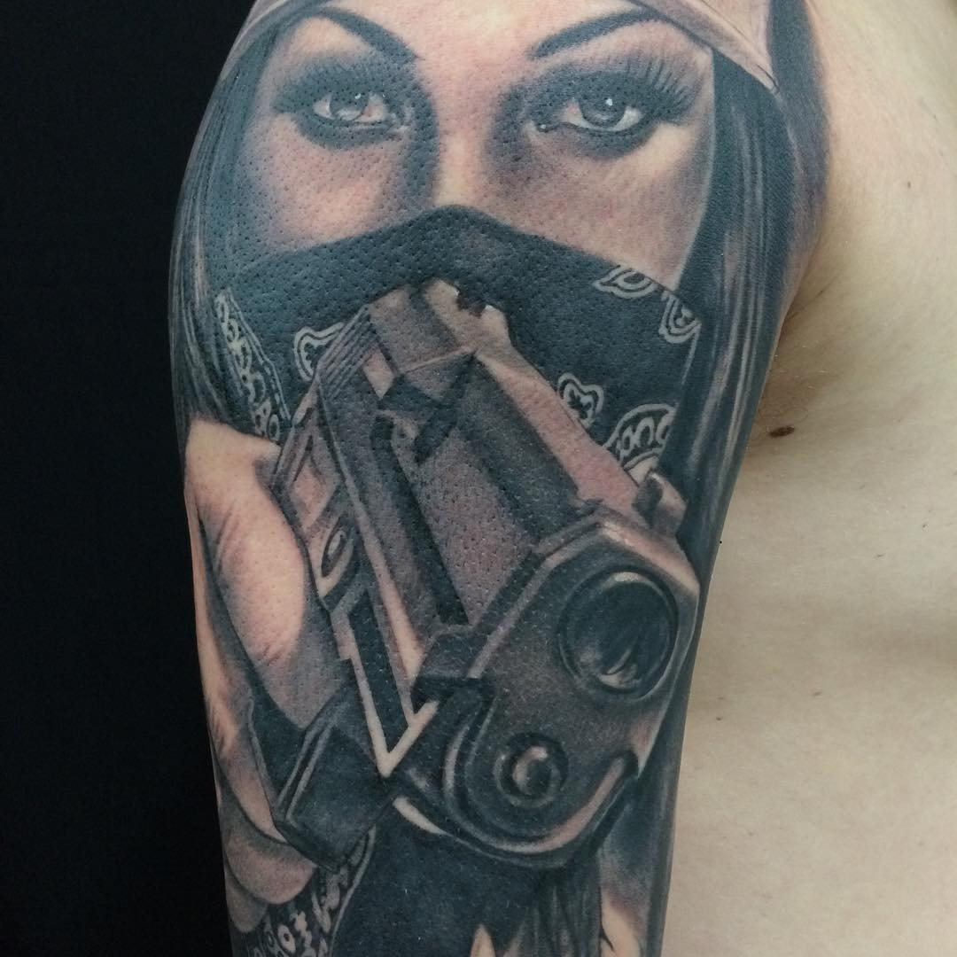 Pokaulk Gun Tattoo Designs