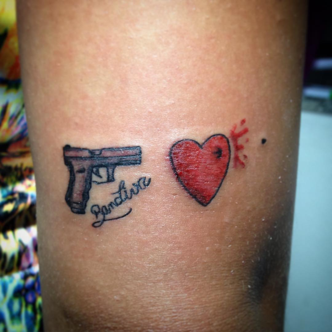 Love Shoot Gun Tattoo Designs