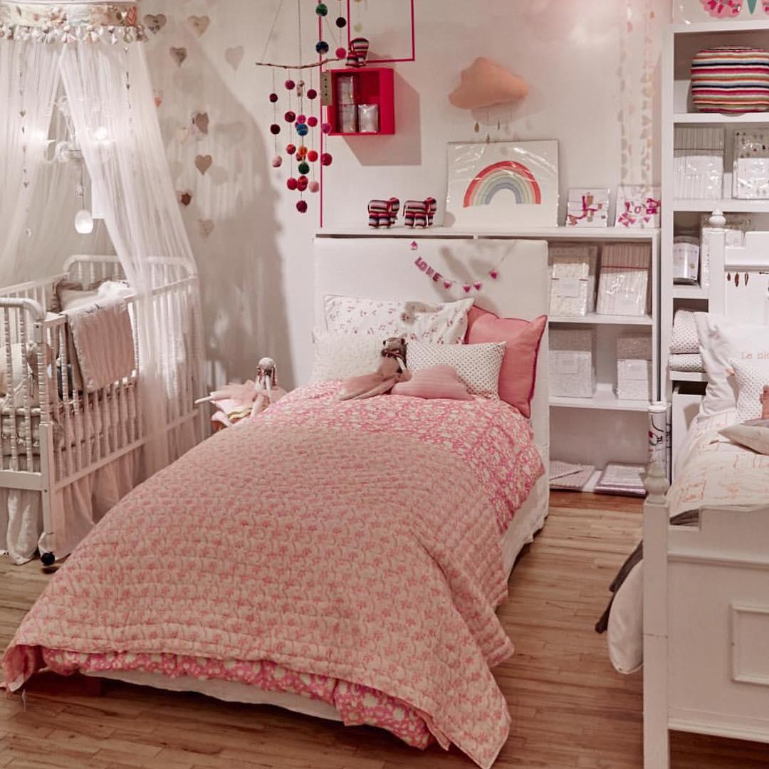 Girl's Bedroom Designs