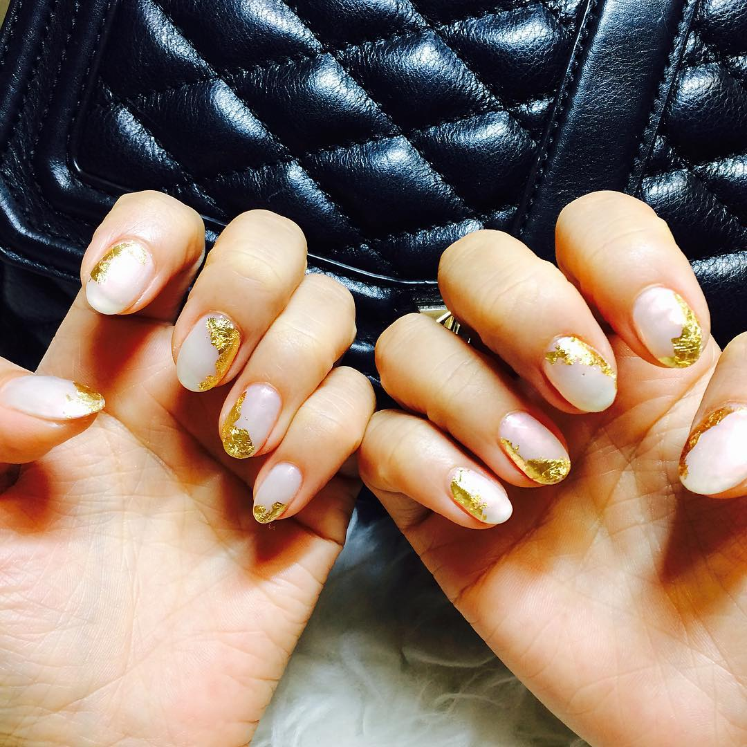 Gold Hallowen Summer Nail Design