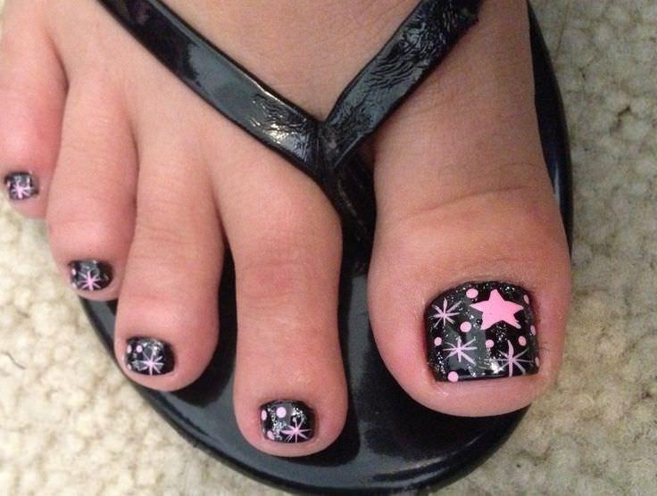 Black and Black Toe Nail Design - 31+ Toe Nail Art Designs, Ideas Design Trends - Premium PSD