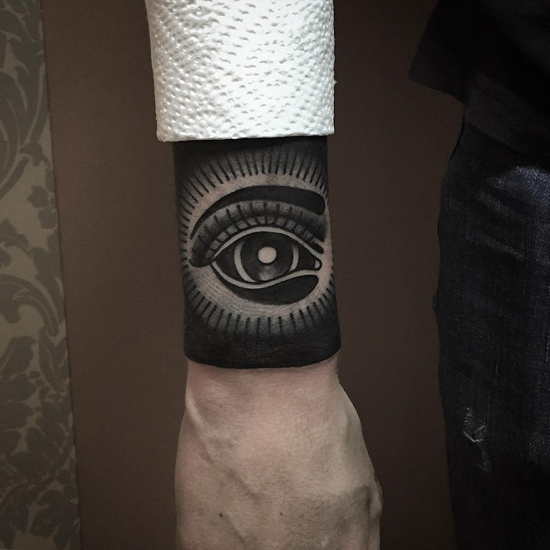 party eye tattoo design
